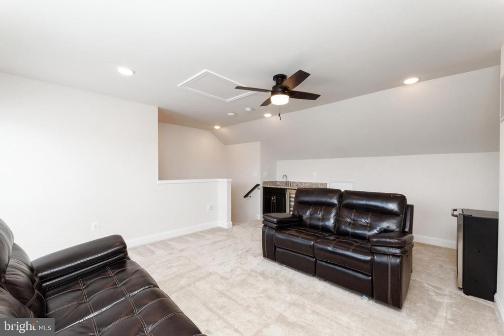 Family Room - 2058 ALDER LN, DUMFRIES
