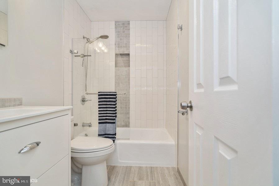 Bathroom 3 - 39895 THOMAS MILL RD, LEESBURG