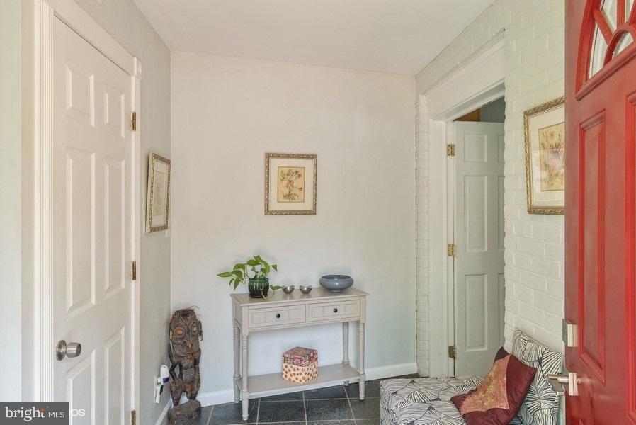 Foyer - 39895 THOMAS MILL RD, LEESBURG