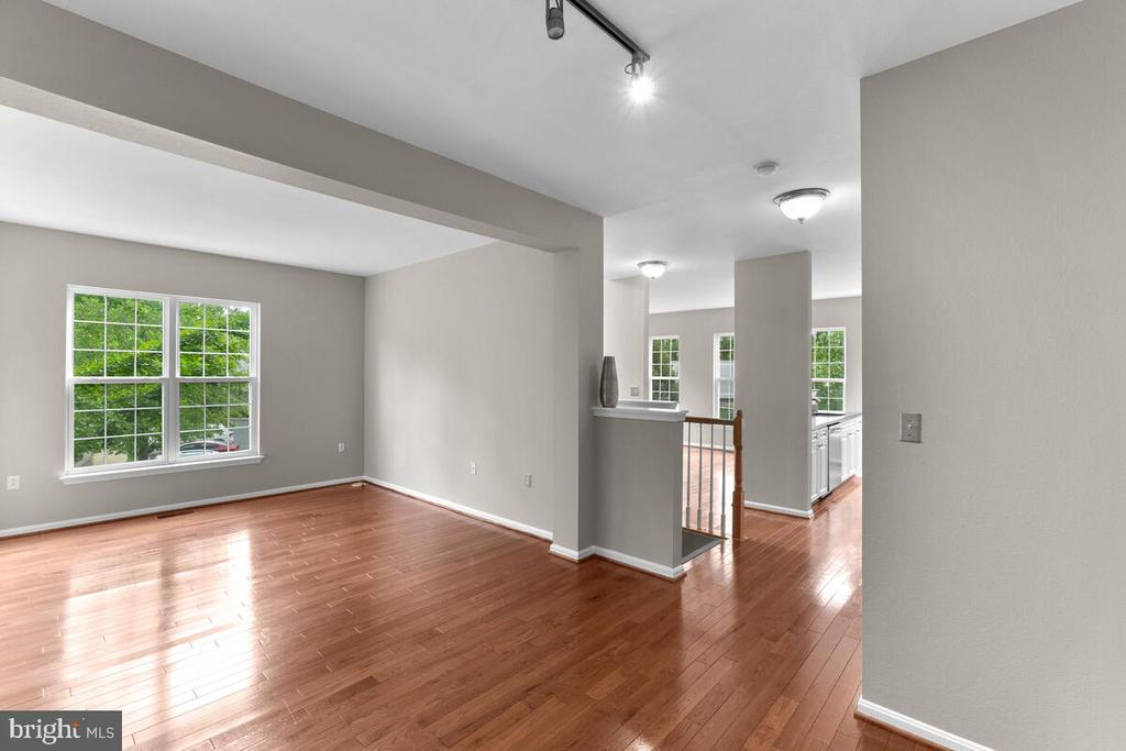 View of Living/Dining Room - 8050 NICOSH CIRCLE LN #42, FALLS CHURCH