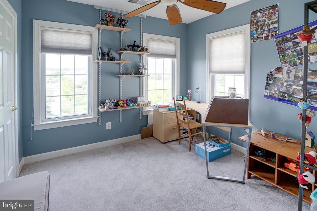 Bedroom 2 - 24960 ASHGARTEN DR, CHANTILLY