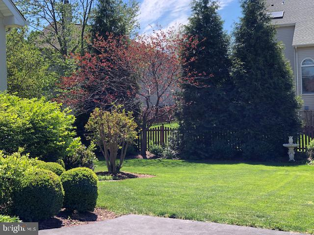 Privacy in this Desirable Community - 43691 FROST CT, ASHBURN