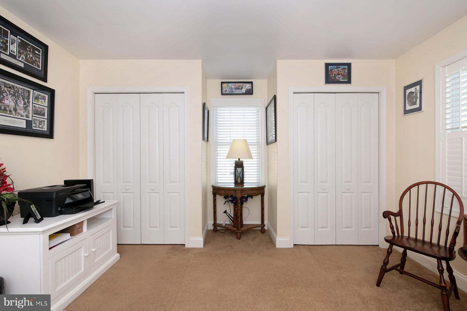 2 Closets in 2nd Bedroom