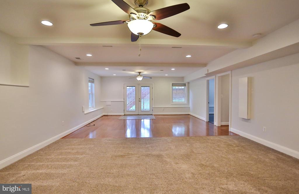 Basement Rec Room - 7215 TANAGER ST, SPRINGFIELD