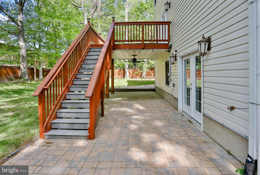 Brick Patio - 7215 TANAGER ST, SPRINGFIELD