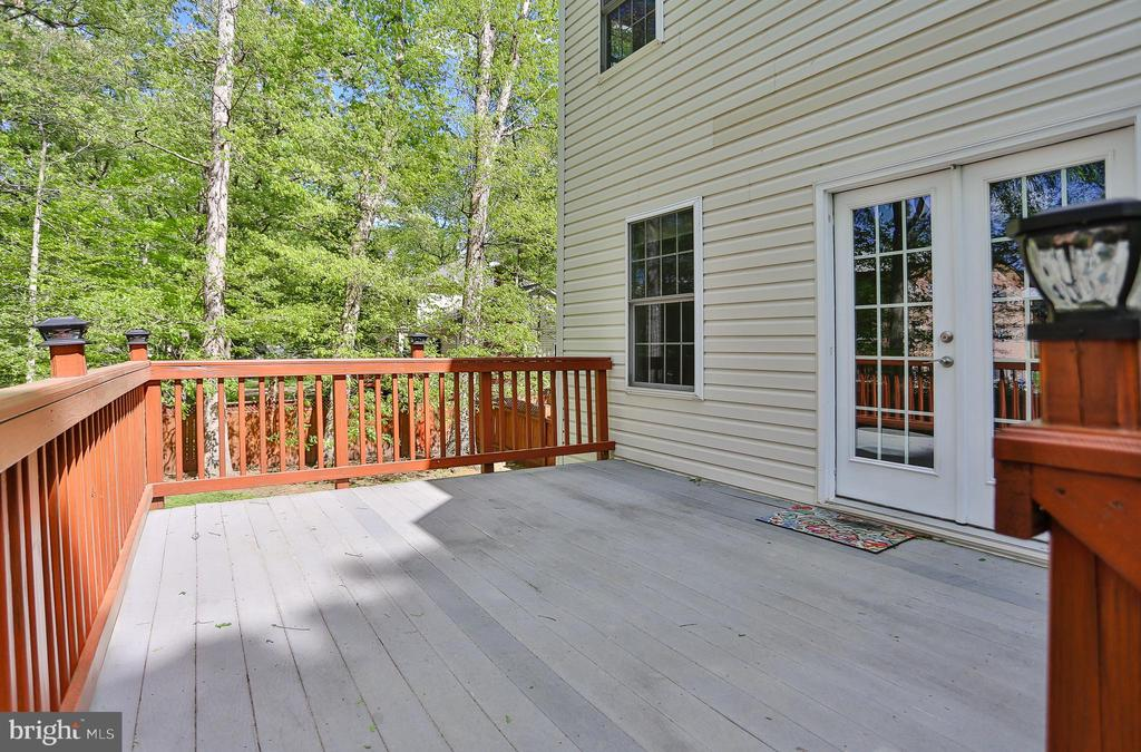 Composite  Deck - 7215 TANAGER ST, SPRINGFIELD