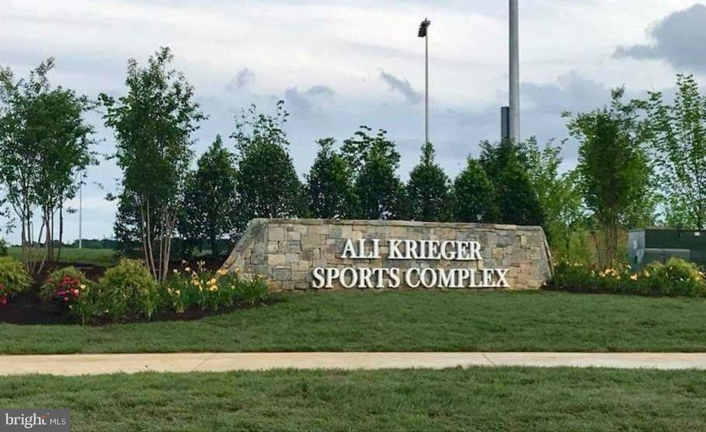Sports Complex located within the community - 2094 TWIN SIX LN, DUMFRIES