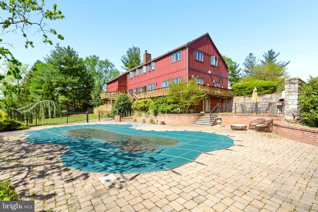 Pool Area - 11024 OLD FREDERICK RD, THURMONT