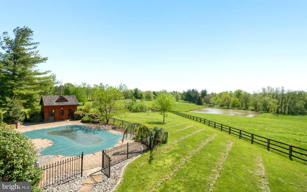 Stunning Views - 11024 OLD FREDERICK RD, THURMONT