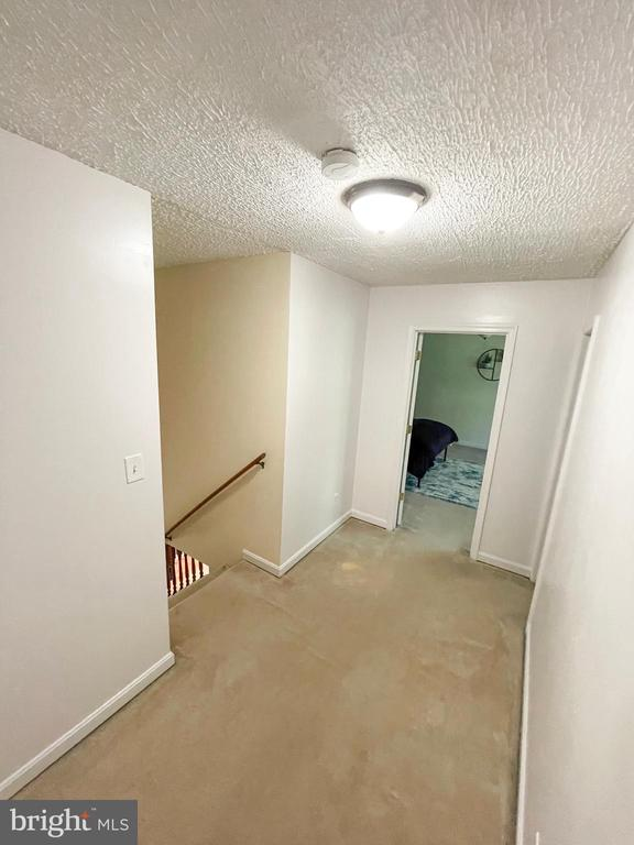 Top level landing - 1501 BROOKE RD, STAFFORD