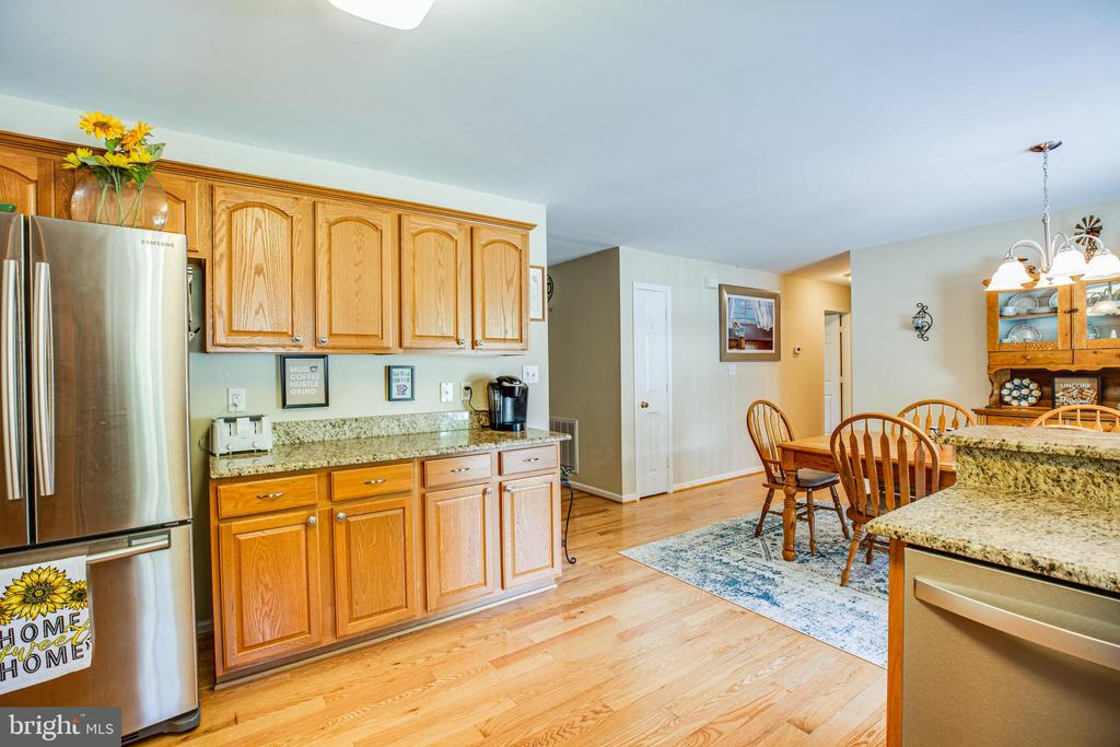 All stainless steel appliances in kitchen - 301 BURR DR, RUTHER GLEN