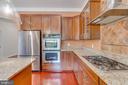 Kitchen 8 - 916 N CLEVELAND ST, ARLINGTON