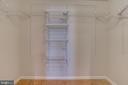 master bedroom closet - 916 N CLEVELAND ST, ARLINGTON
