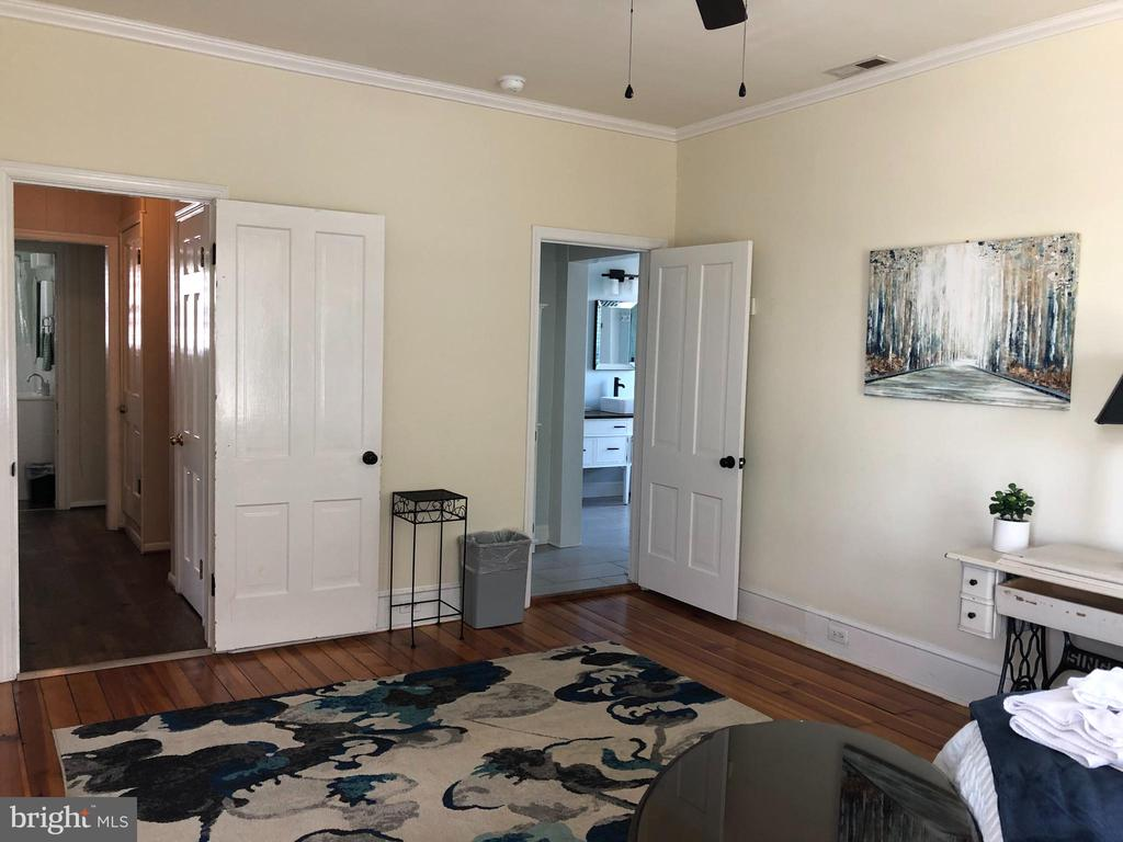 Buy the furnishings as well. - 310 AMHERST ST, WINCHESTER