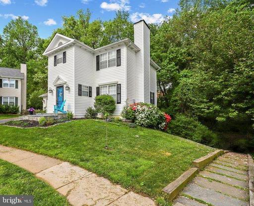 10009 GEORGIAN WOODS CT