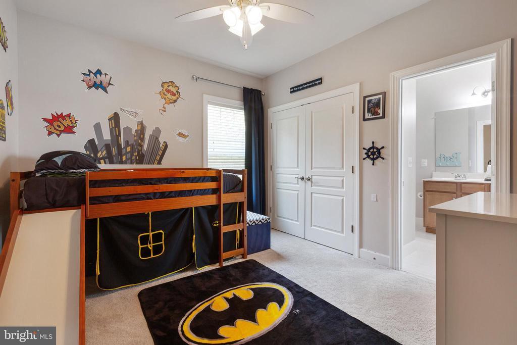 2nd bedroom with large closet & access to bath - 15080 ADDISON LN, WOODBRIDGE