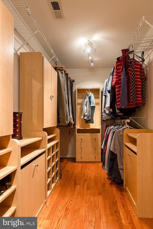 Custom closet in primary bedroom - 43 CHRISTOPHER WAY, STAFFORD