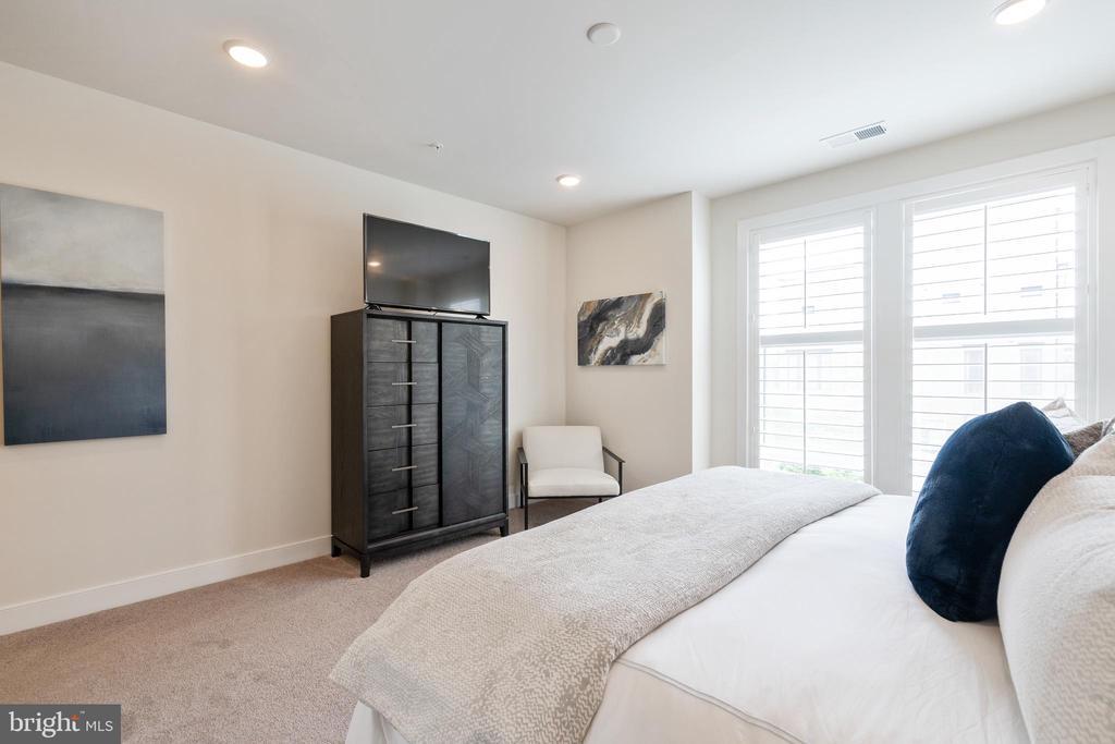View of primary bedroom - 11200 RESTON STATION BLVD #301, RESTON