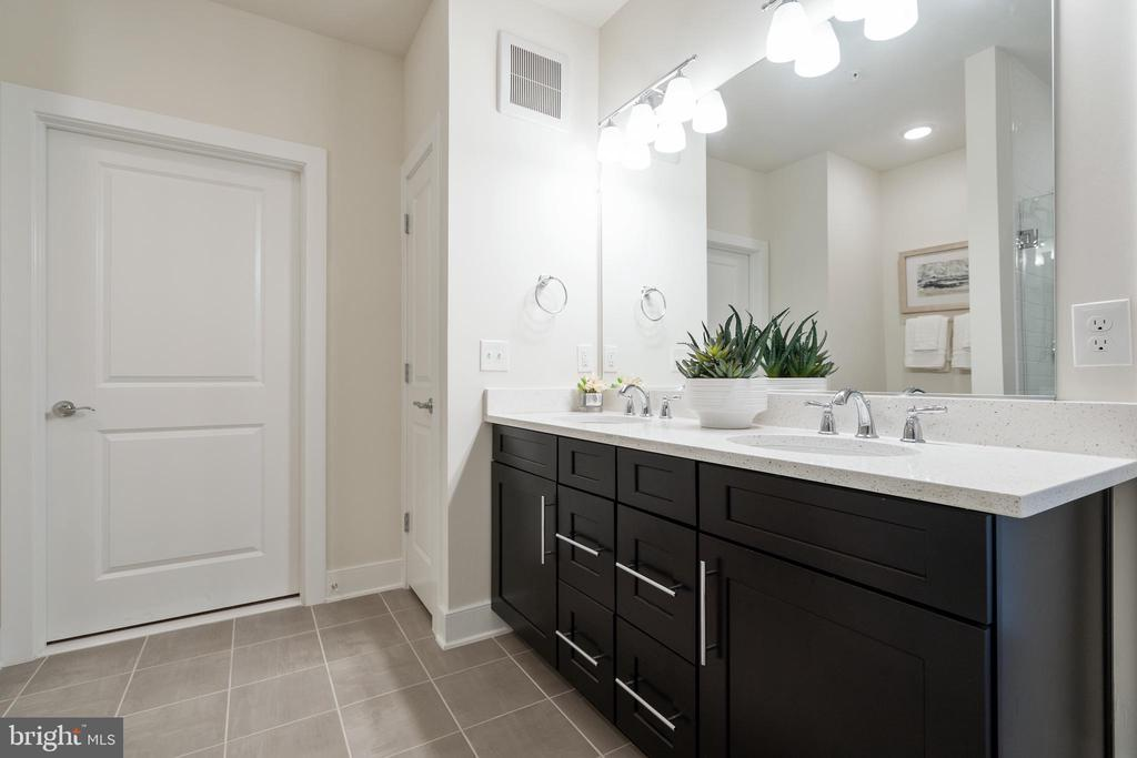 Alternate view of primary bathroom - 11200 RESTON STATION BLVD #301, RESTON