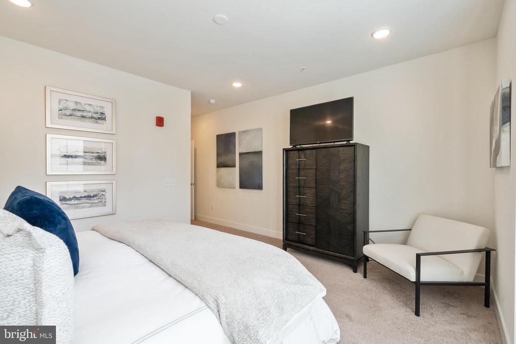Primary bedroom - 11200 RESTON STATION BLVD #301, RESTON