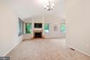 Living Room w/ Vaulted Ceilings - 25 RUNNING BROOK LN, STERLING