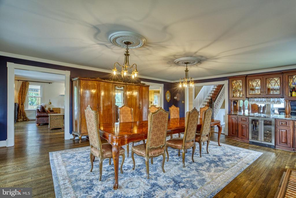 Bright Dining Room. Double chandeliers - 7500 CLIFTON RD, CLIFTON