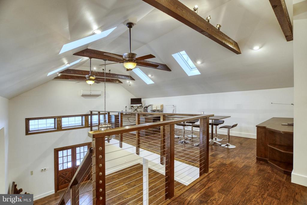 Office Conference area. Ceiling fans. - 7500 CLIFTON RD, CLIFTON