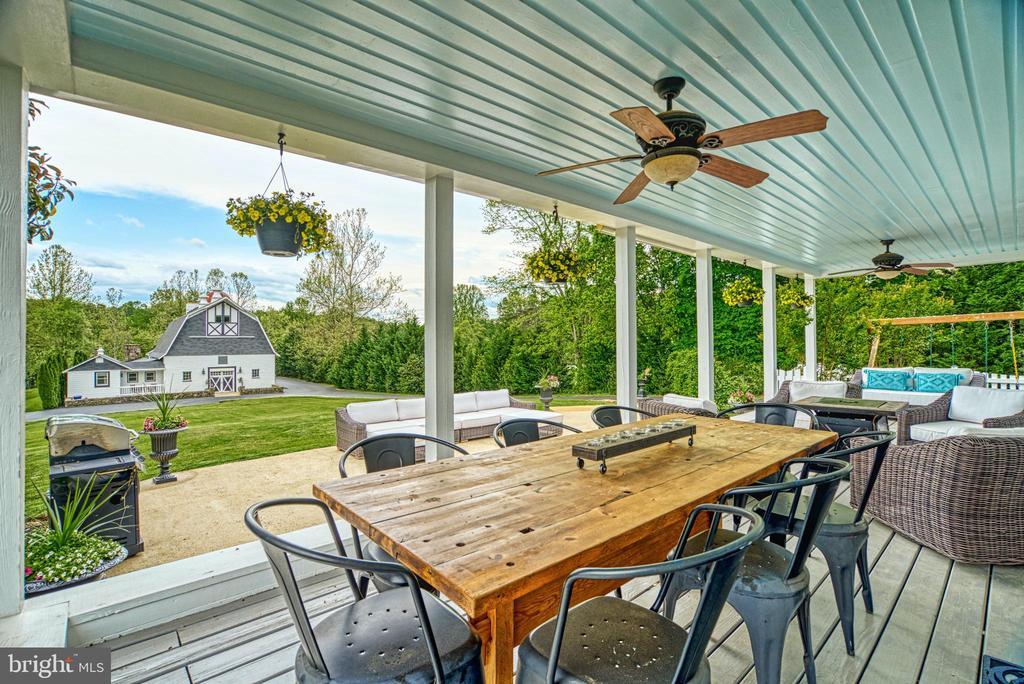 Back yard to converted Barn - 7500 CLIFTON RD, CLIFTON