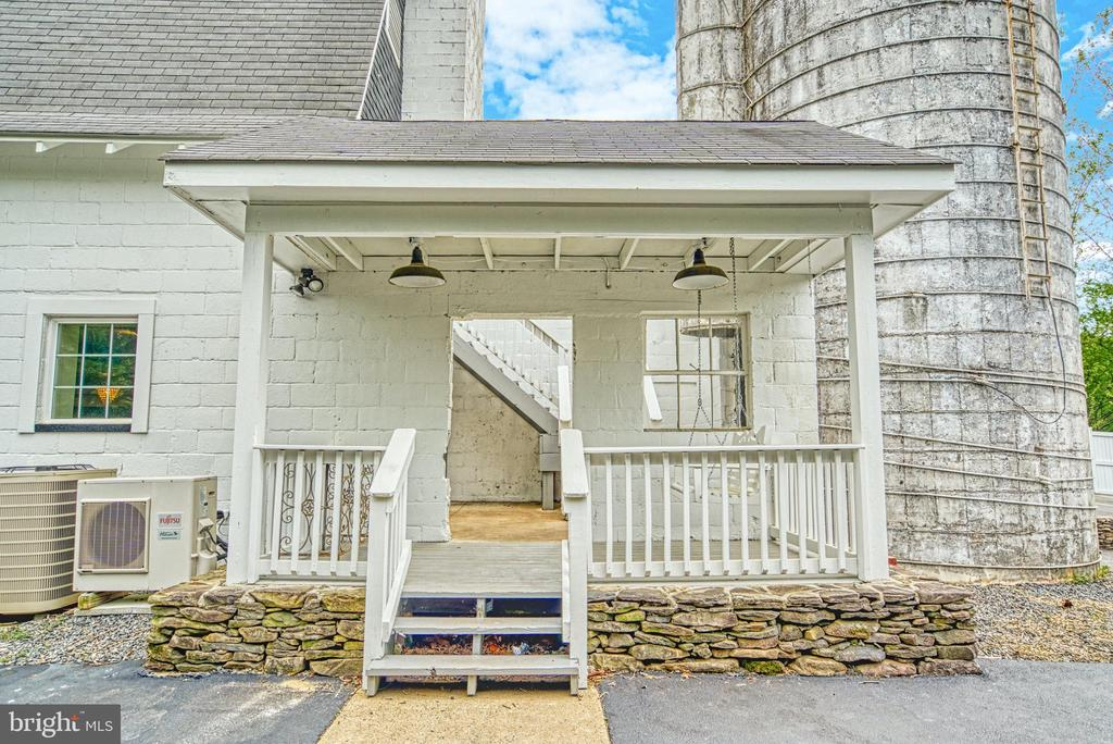 Covered porch to Upper Barn and Silo - 7500 CLIFTON RD, CLIFTON