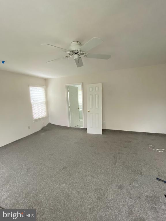 Putting in NEW CARPET! - 21606 GOODWIN CT, BROADLANDS