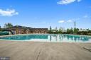 Nearby Pool - 42266 KNOTTY OAK TER, BRAMBLETON