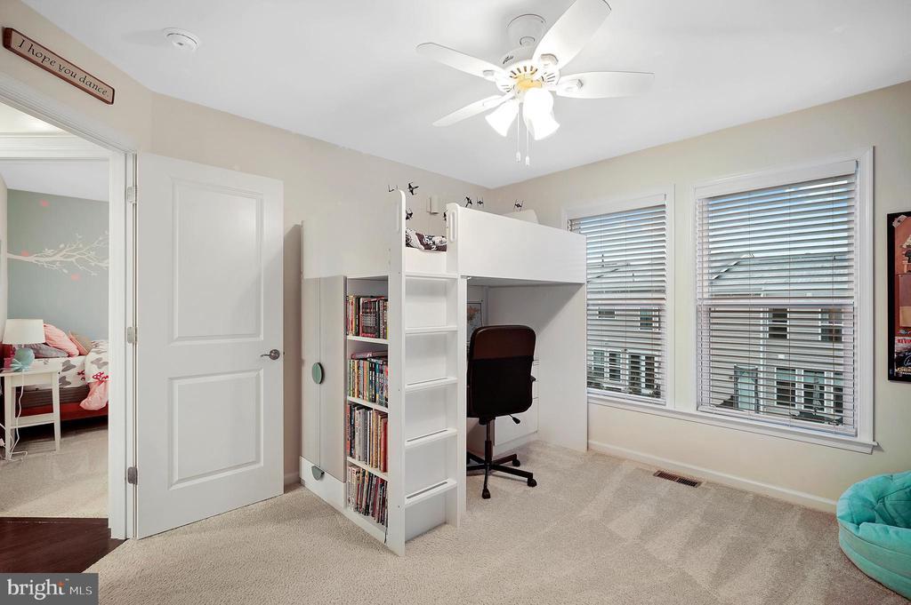 Bedroom 2 - 42266 KNOTTY OAK TER, BRAMBLETON