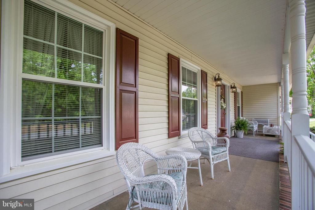 Perfect for your morning coffee. - 10908 C E O CT, FREDERICKSBURG