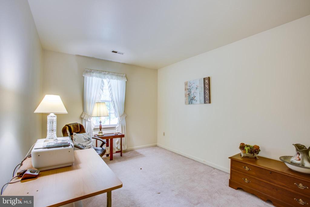 Fourth bedroom with walk-in closet - 10908 C E O CT, FREDERICKSBURG