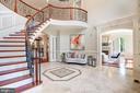 Graceful Flow with Formal Living Room Entrance - 8334 ALVORD ST, MCLEAN