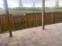 Rear patio - enclosed rear yard - 42426 DOGWOOD GLEN SQ, STERLING