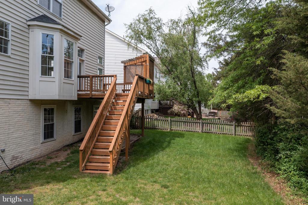 Backyard, is bigger than than it looks in this pic - 25468 FARMNECK CT, CHANTILLY