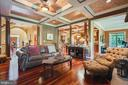 Gorgeous coffered ceiling in family room - 147 STEFANIGA FARMS DR, STAFFORD