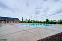 Community Pool - 42238 PALLADIAN BLUE TER, BRAMBLETON
