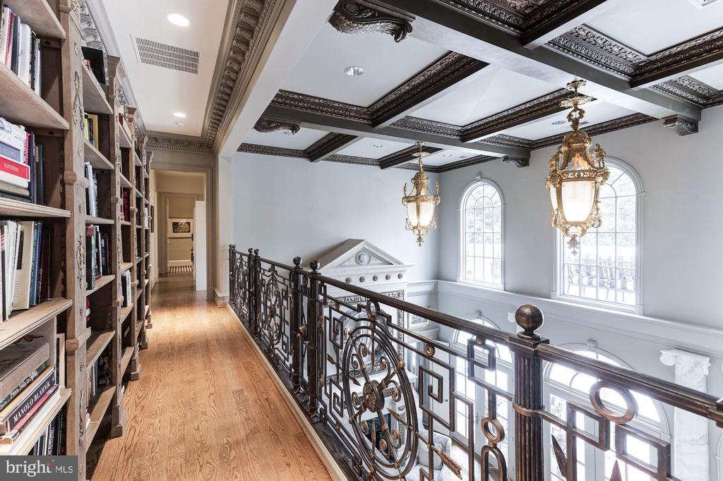 2nd Floor Hall Overlook Informal Living/Family Rm - 2221 30TH ST NW, WASHINGTON