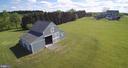 Wonderful 4 stall barn or shop. 2 story - 14915 LIMESTONE SCHOOL RD, LEESBURG