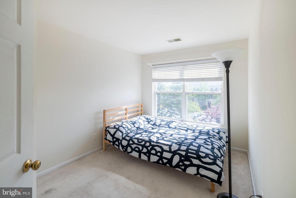 2nd Bedroom on 3rd floor - 21513 WELBY TER, BROADLANDS