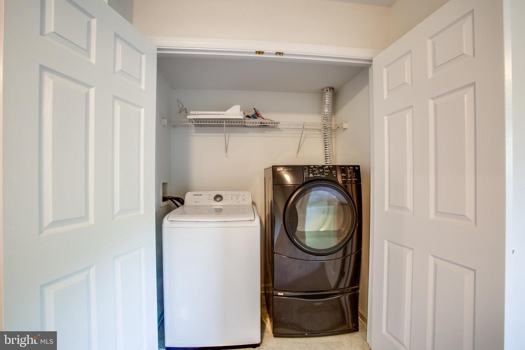 Washer/Dryer Convey - 11317 WYTHEVILLE LN, FREDERICKSBURG