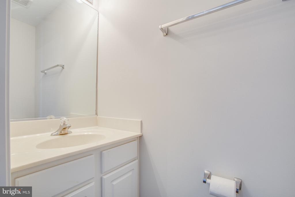 Lower Level Half Bath - 11317 WYTHEVILLE LN, FREDERICKSBURG