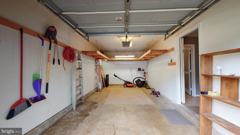 One Car Garage - 210 GOLDEN LARCH TER NE, LEESBURG