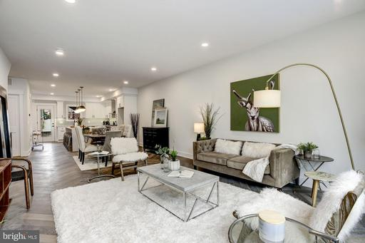 816 TAYLOR NW #1