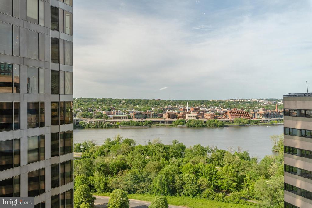 View from unit - 1111 19TH ST N #1909, ARLINGTON