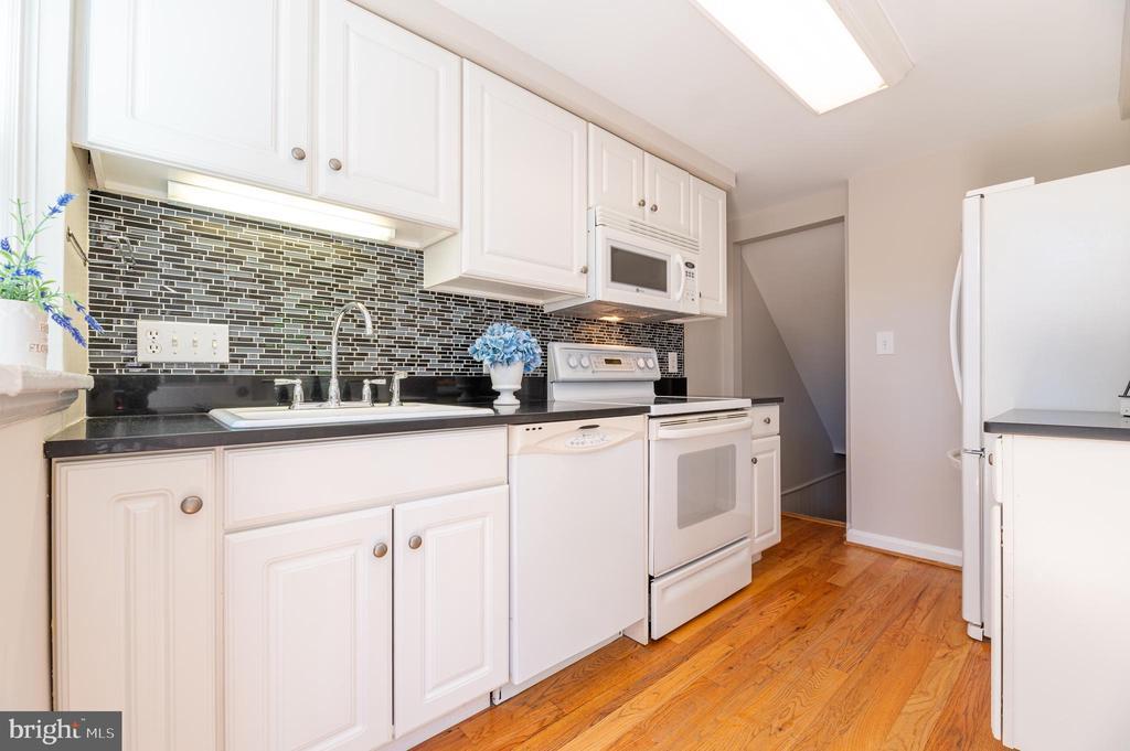 Kitchen - 3543 S STAFFORD ST #A, ARLINGTON