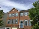 Brick front single family with 2-car garage - 7204 GRAY HEIGHTS CT, ALEXANDRIA