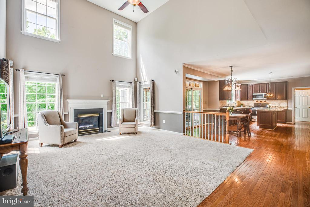 Oversized family room - 29 WALLACE LN, STAFFORD